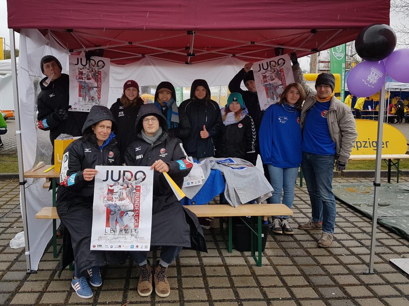 Trotz Dauerregen – Der JC Leipzig stellt sich vor