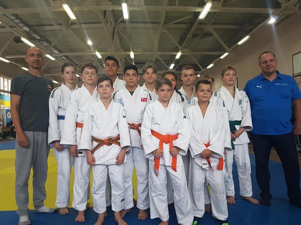 Silber für Luna Semoud in Kiew / Bronze für das Jungen-Team